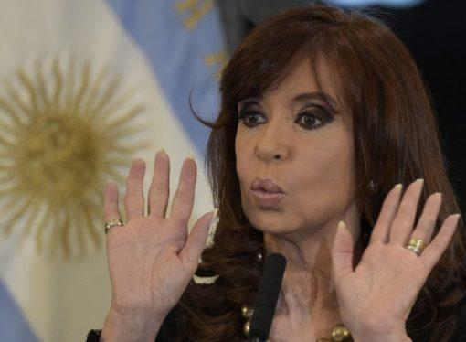 "Hoy en portadas: ""La justicia acorrala a Cristina Fernández"""