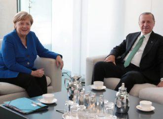 """Alemania y Turquía inician un complejo deshielo pese a las """"profundas diferencias"""""""