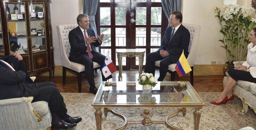 Canciller Carlos Holmes Trujillo participó en la reunión bilateral que sostuvieron los presidentes de Colombia y Panamá