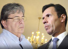 Holmes dejó al exministro Rivera con los crespos hechos