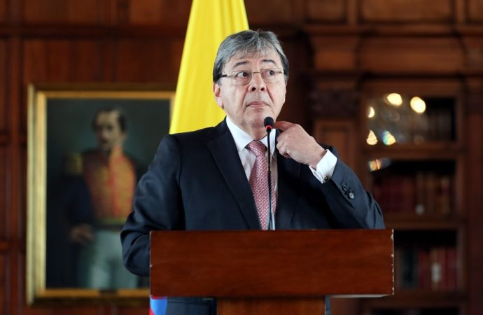 """El """"jalón de orejas"""" del canciller por declaraciones sobre intervención en Venezuela"""
