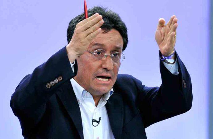 Francisco Santos niega ser la fuente de artículo sobre supuesto plan para derrocar a Maduro