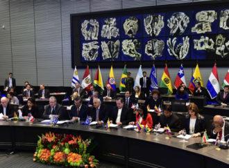 """Duque quiere crear grupo para remplazar a Unasur, """"cómplice de la dictadura venezolana"""""""